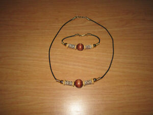 Fashion Jewelry Neckless & Matching Bracelet with Black Band