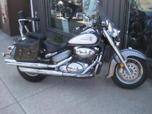 Preowned 2003 Suzuki 800 Volusia in great shape - Certified