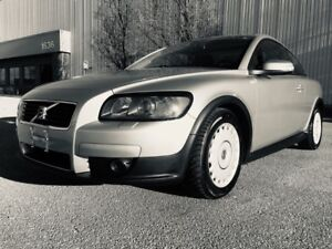 2009 Volvo C30 2.4i- Two Sets of Tires & Wheels ...