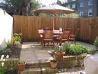 Very special 2 bed mews cottage with courtyard garden to rent in Camberwell