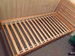 Wooden single bed Yeronga Brisbane South West Preview