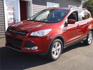 2015 Ford Escape SE,AWD, MINT, ONLY 121KM PRICED TO SELL!