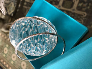 1.44 CARAT DIAMOND BRACELET NEW IN BOX FROM BIRKS!