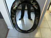 DECORATIVE OVAL WALL HANGING MIRROR LIKE NEW