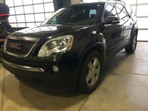 2008 GMC Acadia SLT2 Fully Loaded. AUCTION!!!