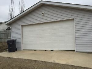 Newer 20X24 Garage for Rent--Available Nov. 1/16