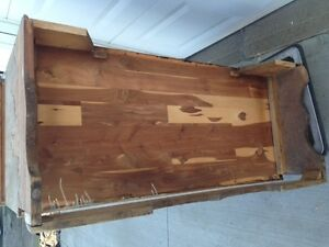 Honderich Red Seal Cedar Chest Edmonton Edmonton Area image 4