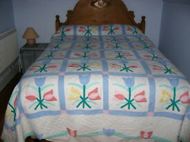 Pretty embroidered bedspread in excellent condition