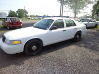 2009 Ford Crown Victoria ex police  seulement 124000KM