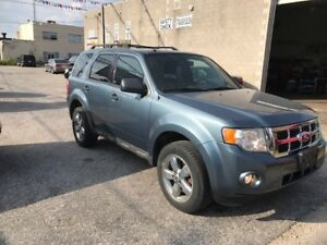 2010 FORD ESCAPE - XLT -AWD / Microsoft SYNC