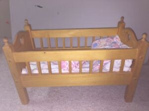 Solid Wood doll bed / crib with baby dolls