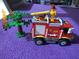 4208 LEGO CITY 4X4 FIRE TRUCK (RETIRED) - COMPLETE - AGE 5-12 Mudgee Mudgee Area Preview