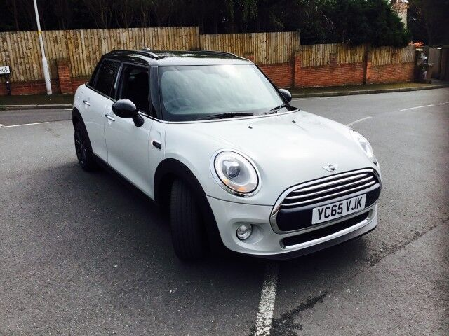 mini cooper d 1 5 cooper d 5dr manual start stop white silver metallic 2015 in oxton. Black Bedroom Furniture Sets. Home Design Ideas