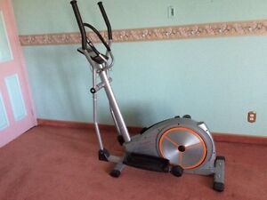 Elliptical exercice bike (Tempo)