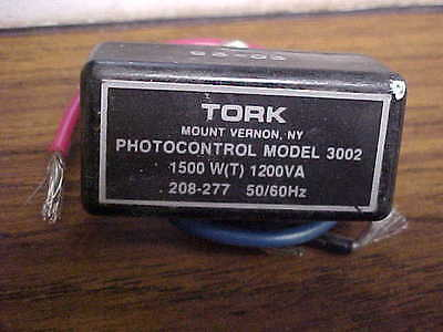 New Tork 3002 Photo Control Flush Mounting Zl-161