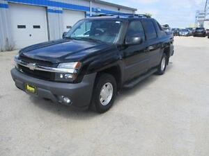 2004 CHEVROLET AVALANCHE 1500 4X4, LEATHER,SUNROOF $7,950