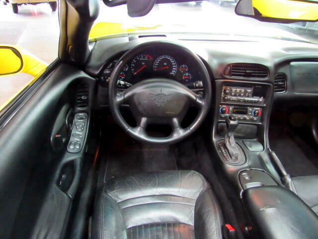 2000 Yellow Chevrolet Corvette Convertible  | C5 Corvette Photo 9