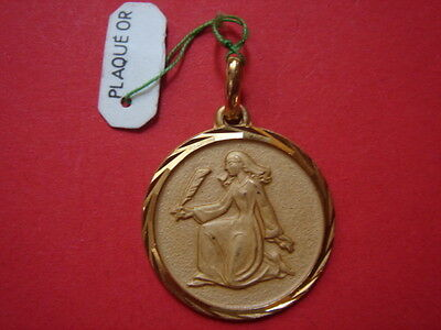 Very Belle Medal Pious Gold Plated Vintage 60/70 Brand New