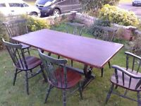 Dining table and 6 chairs. Reclaimed. Vintage stile. Shabby chic.