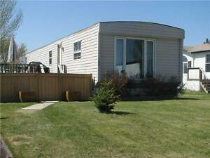Mobile Home - Parkland Village - Spruce Grove - MOTIVATED