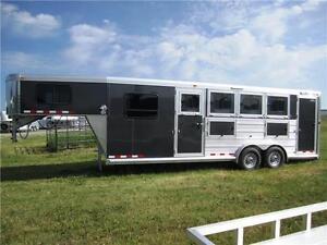 NEW Cimarron Norstar 4 Horse Side Tack, Mangers, Rear Tack!