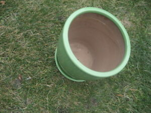 flower pots, clay material, diameter 11, height 12 inches. $10/