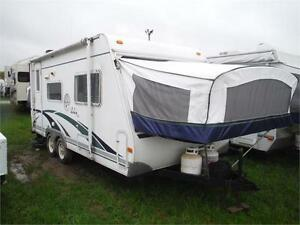2004 Surveyor 190T Ultra Lite hybrid trailer - handymans special
