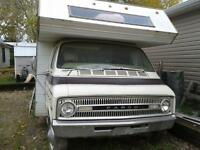 motorhome with 318 ENGINE GREAT FOR YOUR OLDER HOTROD!