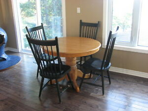 Mennonite Chairs and Round Oak table