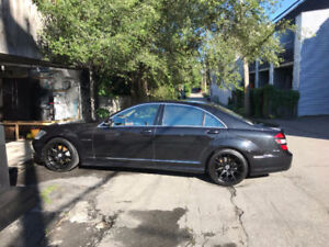 Noir Black Mercedes Benz AMG group package S-class condition A1
