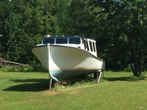 44 foot fishing boat converted to pleasure in 1995