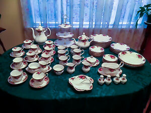Made in England – Old Country Roses Bone China