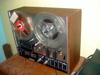 Retro collectable AKAI 4000DB - Dolby - FOUR TRACK Reel to Reel Tape Recorder + Tapes -