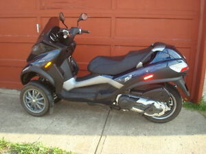2009 Piaggio MP3 400 - Like new
