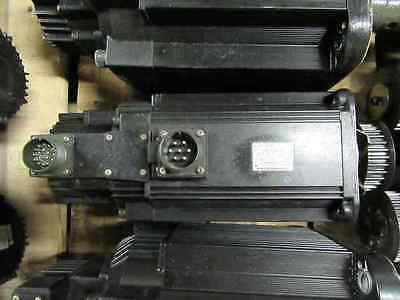 Yaskawa Sgmg-13awa-yr13 Servo Motor With Warranty.