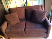 Stylish two-seat couch/ divan -- price negotiable!!!