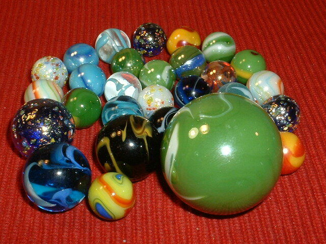 MARBLES Collectible Lot 30 Players,Shooters,Mammoth Fungus