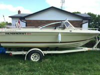 THUNDERCRAFT BOAT & TRAILER