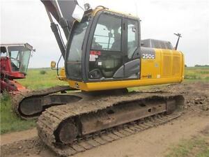 2012 Deere 250G LC Excavator