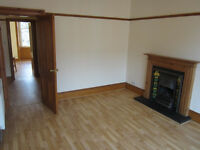 To Let- Unfurnished 2 Bed West End Flat