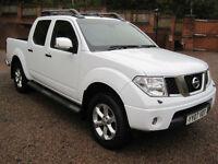 2007 07 Nissan Navara 2.5dCi auto Aventura WHITE 1 Previous owner