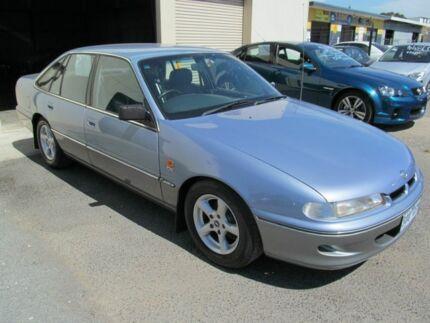 1995 Holden Calais VS Blue 4 Speed Automatic Sedan Werribee Wyndham Area Preview