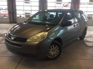 2004 TOYOTA SIENNA CE AUTOMATIQUE CLIMATISEE 7PASSAGERS PROPRE