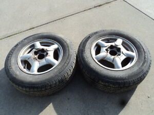 2 Motomaster All Season Tires with Steel Rims 215/70/15