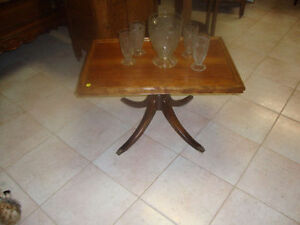 French Walnut pedestal – coffee table