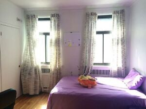 Discount:-$500! Jul &Aug only sublet, steps to McGill /Downtown!