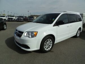 2016 Dodge Grand Caravan SXT Plus. ( Guy ) @ 4034633370