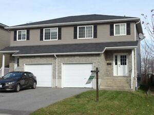 LOVELY 3-BED, 1.5 BATH HOME CLOSE TO 401 - 9 Karlee Court