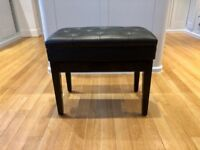 Piano stool with storage from Gear4Music like new
