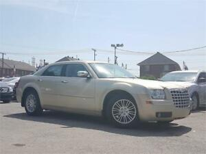 2010 Chrysler 300 Touring/AUTO/AC/MAGS/AUX/CRUISE/DEMARREUR/ELEC